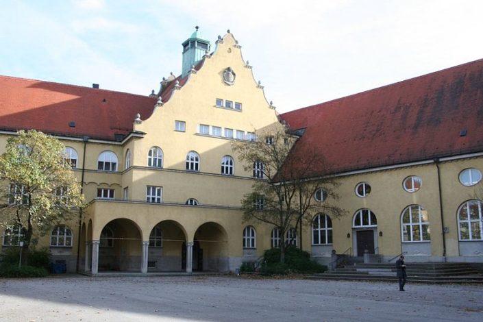 Karl-Theodor-Strasse